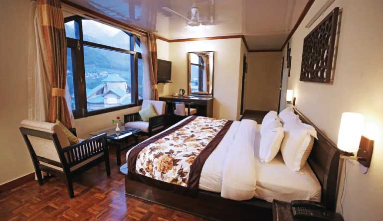 De-Vivendi-Resorts-Manali-Superior-Room1.jpg