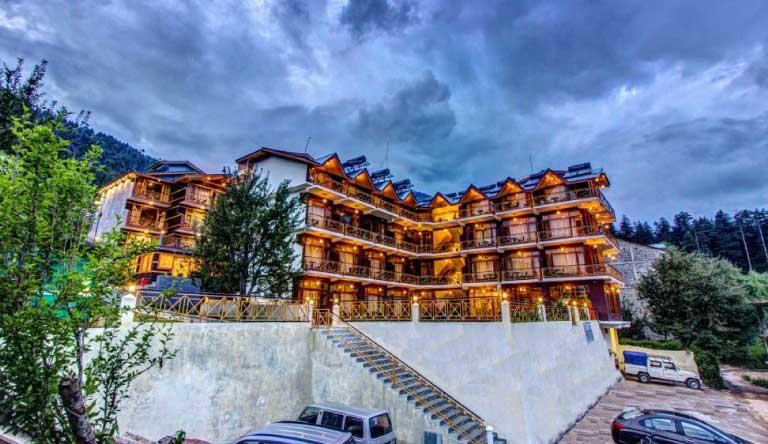 Snow-Peak-Retreat-Manali-Exterior1