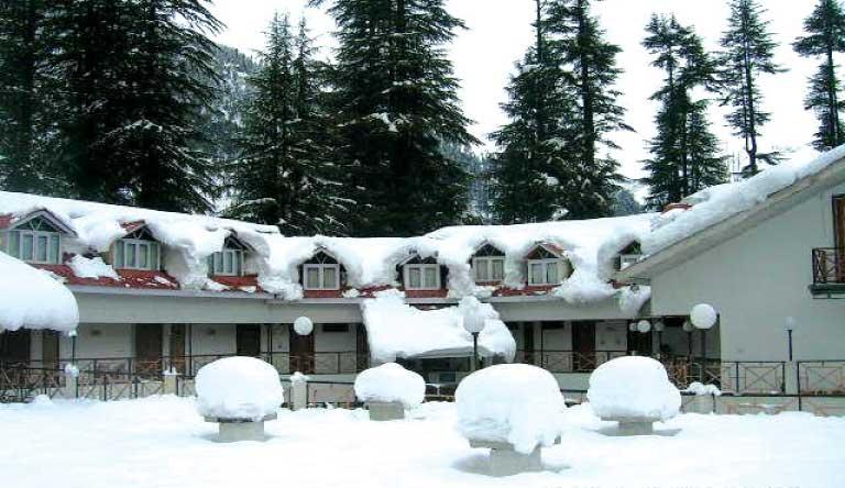 Snow-Valley-Resort-Exterior-Snowwinter