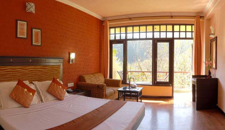 Snow-Valley-Resort-Presidential-Room1.jpg