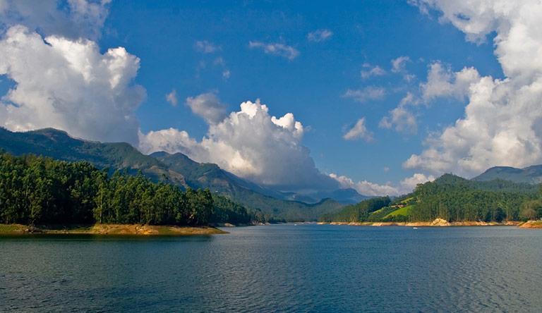mattupetty-dam-reservoir-near-munnar-kerala-india.jpg