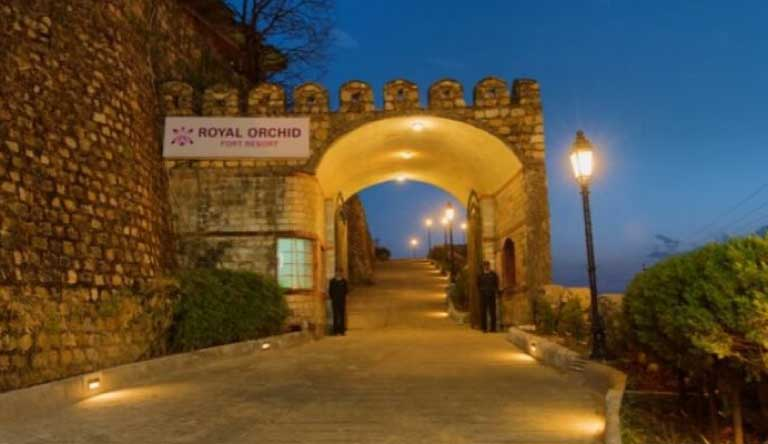 Royal-Orchid-Fort-Resort-Mussoorie-Entrance.jpg