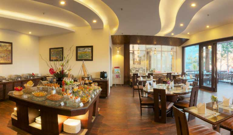 Royal-Orchid-Fort-Resort-Mussoorie-Restaurant.jpg