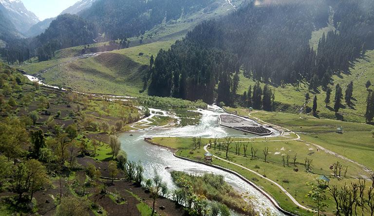 the-betaab-valley-pahalgam-kashmir-india