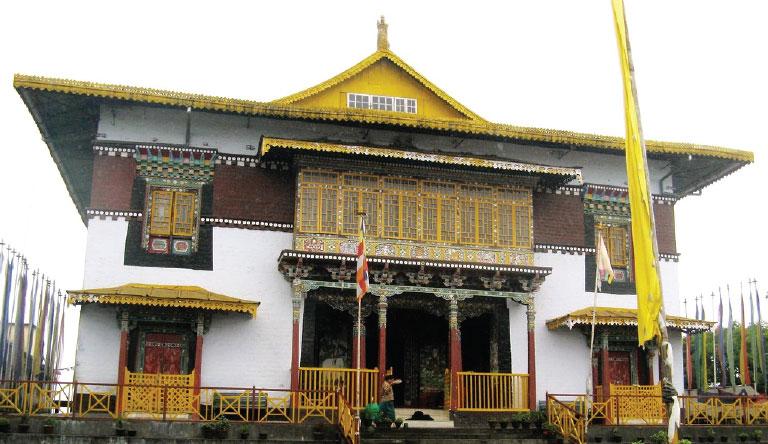 pemayangtse-monastery-pelling-Sikkim-india.jpg
