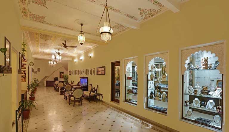 Swaroop-Vilas-Corridor.jpg
