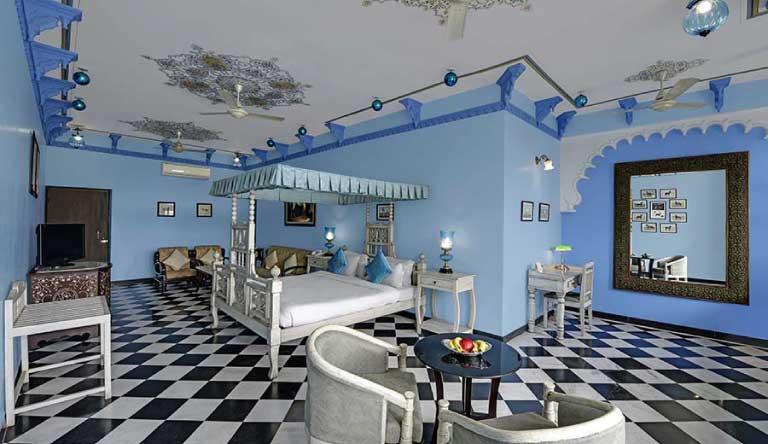 Swaroop-Vilas-Suite1.jpg