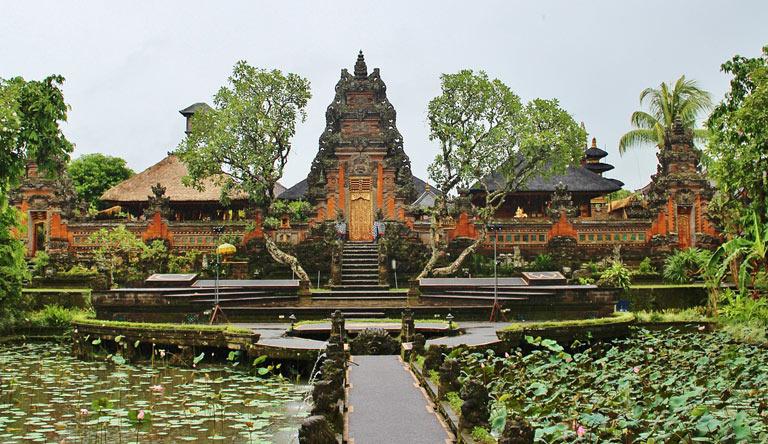 ubud-village-bali-indonesia