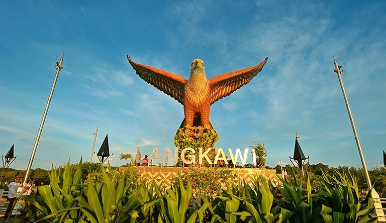 dataran-helang-langkawi-malaysia