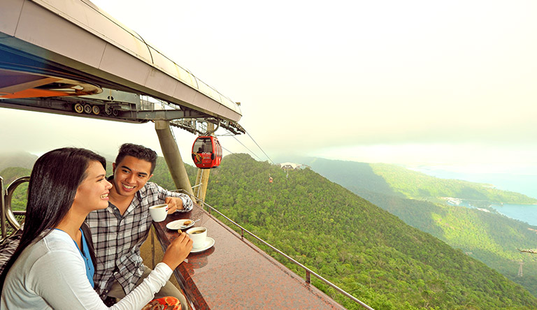 skycab-inside-view-langkawi-malaysia