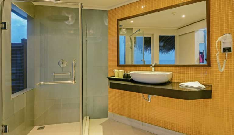 Adaaran-Club-Rannalhi-Water-Bungalow-Washroom1.jpg