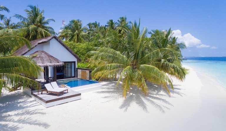 Bandos-Maldives-Beach-Pool-Villa