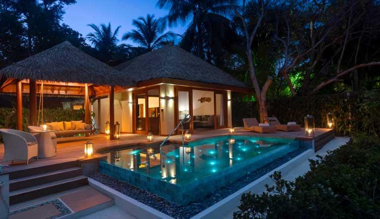 Baros-Maldives-Baros-Suites.jpg