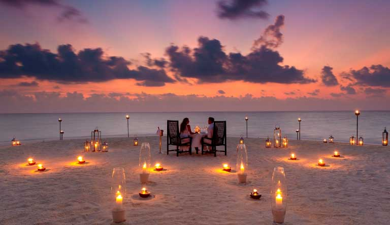 Baros-Maldives-Restaurant-Private-Dining.jpg