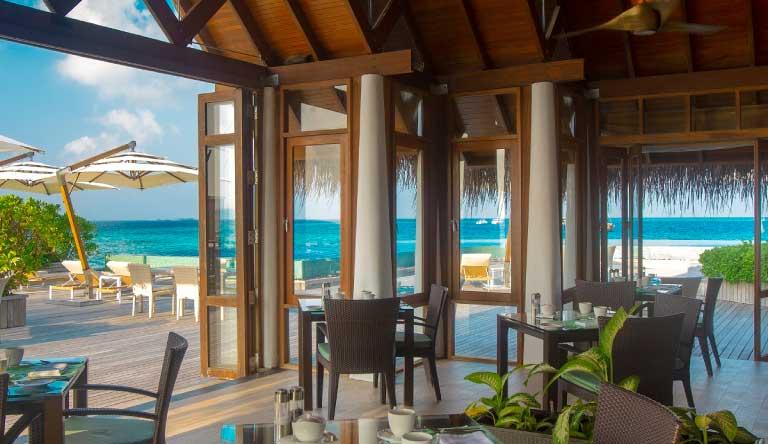 Baros-Maldives-Restaurant4.jpg