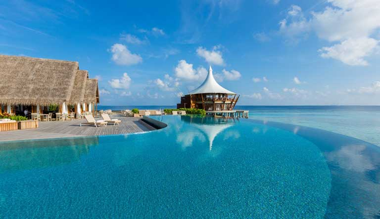 Baros-Maldives-Restaurant5.jpg