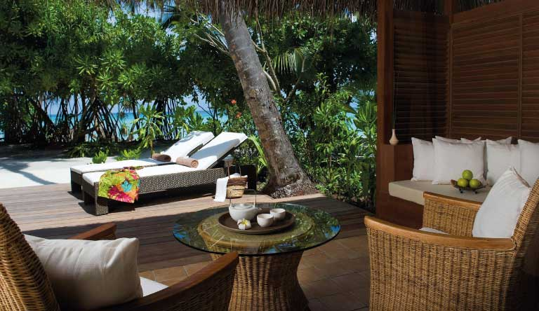 Kuramathi-Island-Resort-Deluxe-Beach-Villa1.jpg