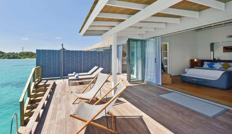 Kuramathi-Island-Resort-Deluxe-Water-Villa4.jpg