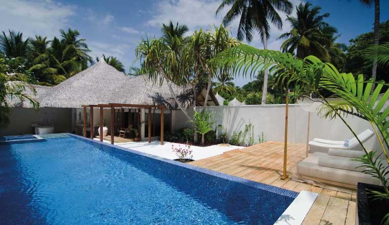 Kuramathi-Island-Resort-Honeymoon-Pool-Villa1.jpg