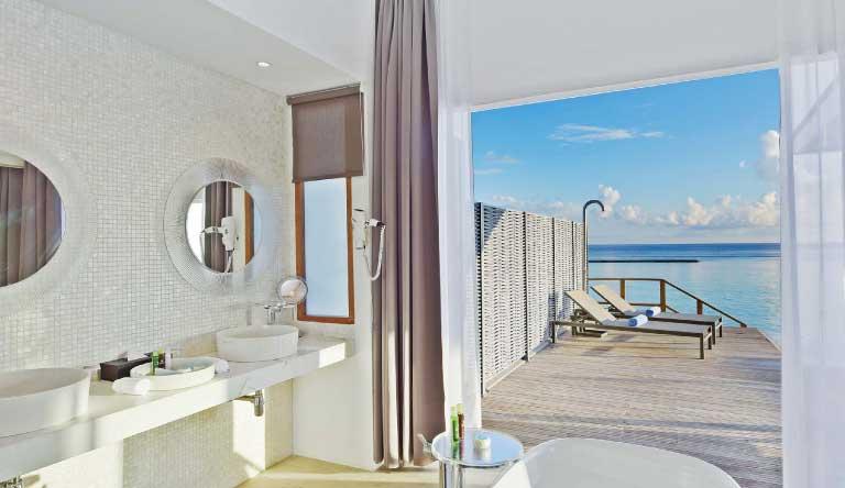 Kuramathi-Island-Resort-Water-Villa-with-Pool2.jpg