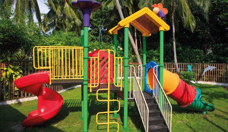 Kuramathi-Island-Resort-kids-club3.jpg