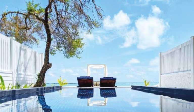 Paradise-Island-Resort-and-Spa-Beach-Pool-Villa1.jpg