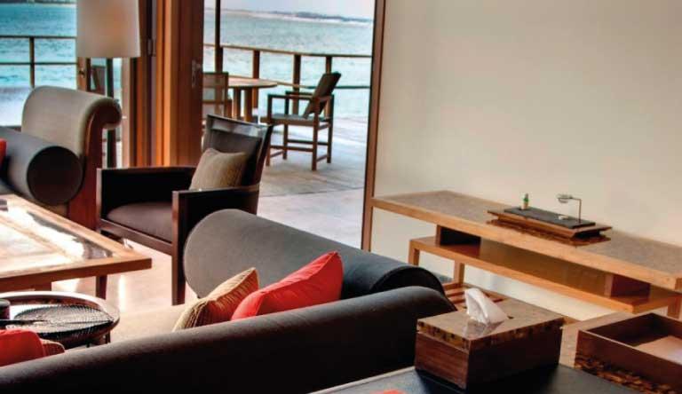 Paradise-Island-Resort-and-Spa-Lagoon-Suite.jpg