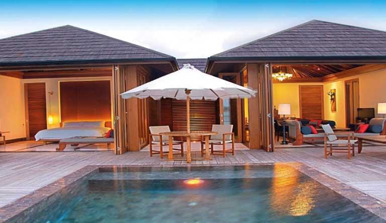 Paradise-Island-Resort-and-Spa-Lagoon-Suite2.jpg