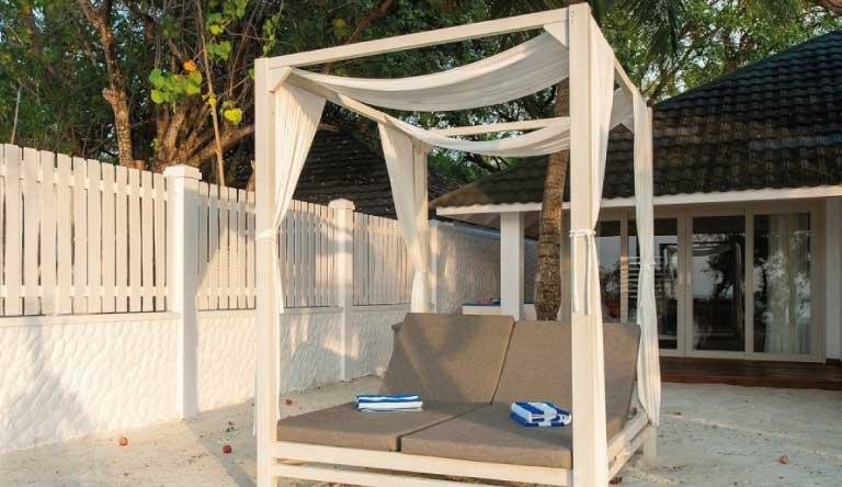 Paradise-Island-Resort-and-Spa-Sunset-Beach-Villa2.jpg