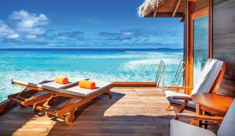 Sheraton-Maldives-Full-Moon-Resort-and-Spa-Club-Water-Bungalow.jpg