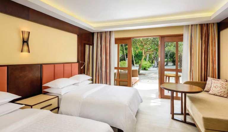 Sheraton-Maldives-Full-Moon-Resort-and-Spa-Deluxe-Twin-Bedroom.jpg