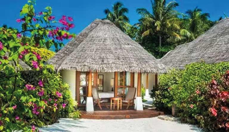 Sheraton-Maldives-Full-Moon-Resort-and-Spa-Island-Cottage.jpg