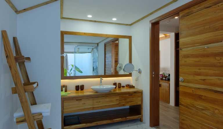 Sun-Island-Resort-and-Spa-Beach-Pool-Villa-Washroom.jpg