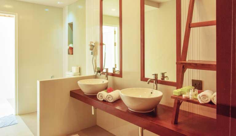 Sun-Island-Resort-and-Spa-Sunset-Villa-Washroom.jpg