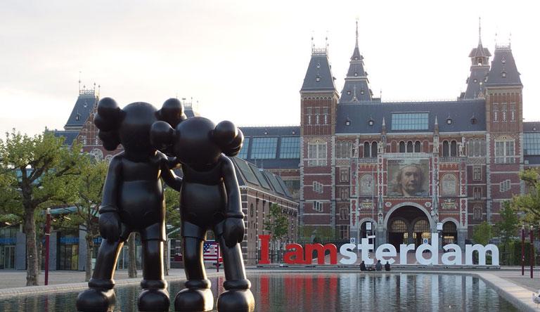 museum-amsterdam-netherlands