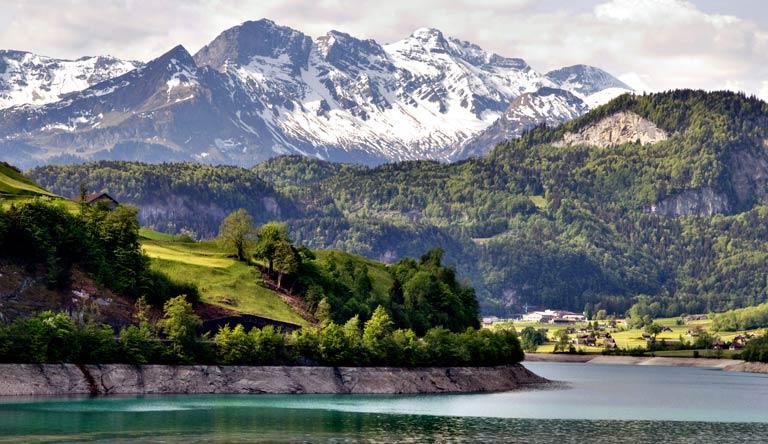 alps-on-the-way-from-zurich-to-Interlaken-zurich-switzerland.jpg