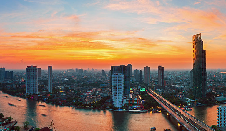 bangkok-skyline-in-the-evening-thailand