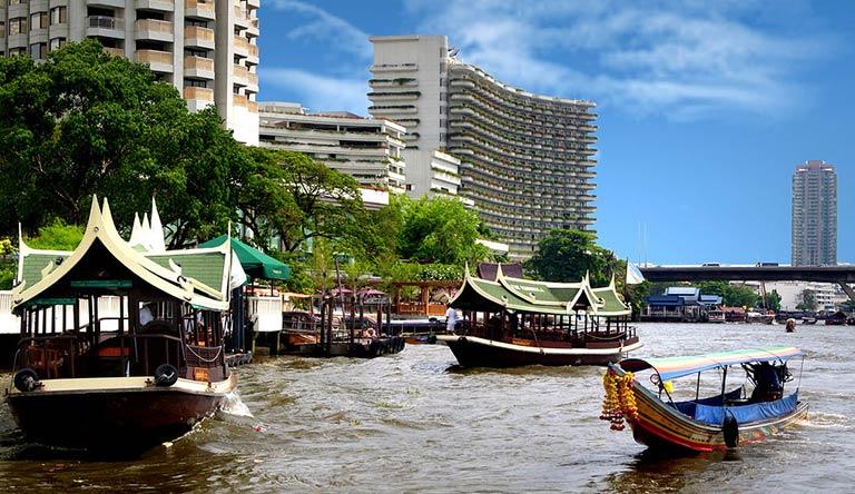 chao-phraya-river-cruise-bangkok-thailand