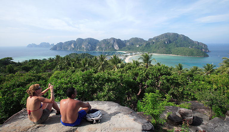 couple-sitting-on-the-top-of-the-island-karbi-thailand