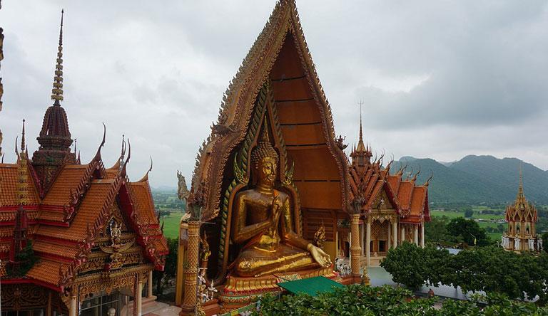 wat-tham-sua-tiger-cave-temple-krabi-thailand