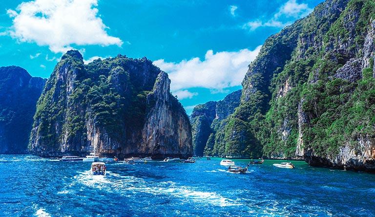 phi-phi-island-large-phuket-thailand